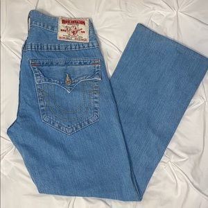 True Religion Lightwash Jeans Sz 33 x 30